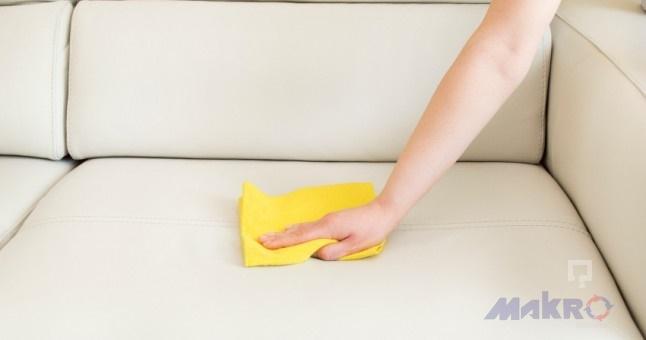 Deri Koltuk Nasıl Temizlenir
